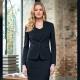 Giacca da divisa donna elegante, un bottone, vestibilità slim fit, completo con gonna, colore nero, tessuto viscosa poliestere elastane, trattamento antimacchia