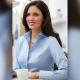 Camicia da divisa donna elegante, maniche lunghe, modello semi-fit, colore azzurro, tessuto cotone, easy iron